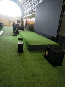 Cesped Artificial en Evento Santos Pavimentos 1